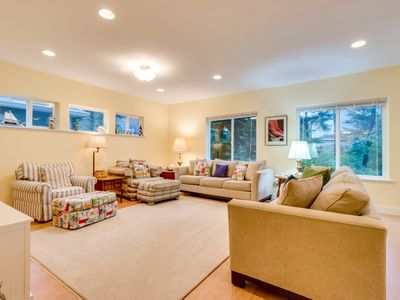Photo for Spacious family-friendly home near the beach - pool table, foosball, & more!