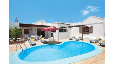Photo for Villa with private heated pool 10 'from the beach and FREE WIFI