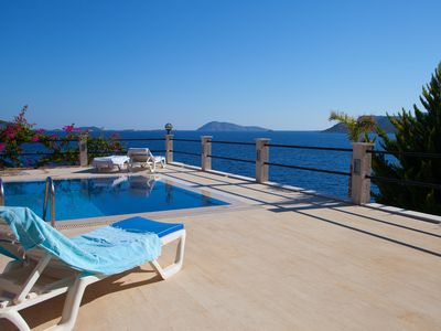 Photo for Coast Front Villa Escalade III  with private Pool and Sea Access