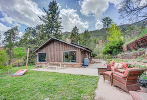 Photo for 4BR House Vacation Rental in Cascade-Chipita Park, Colorado