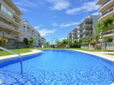 Photo for Two terraces, 4 bedrooms, families welcome! Free WIFI.