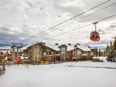 Photo for RMR: 2 bedroom condo: Located at base of Gondola, private hot tub + Free Fun!