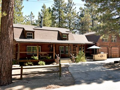 Photo for Boulder Bay Log Home with huge lot, large game room and very close to lake!!