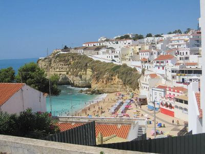 Photo for 55m2 apartment with 2 rooms, 50m from the beach, Carvoeiro (Algarve)