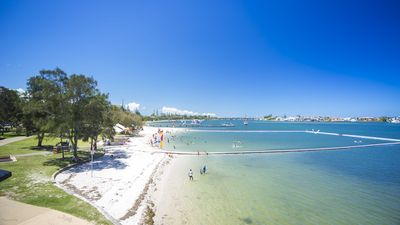 Photo for GOLD COAST HOLIDAY HOUSES  - BROADWATER PARADISE