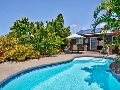 Photo for 'Hale Polu Lani' (Blue Heaven House) is an oasis where sea and sky meet.