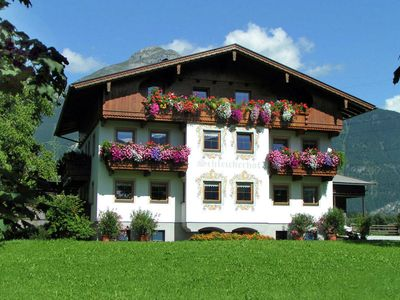 Photo for Detached house at the start of the Zillertal in the village of Strass.