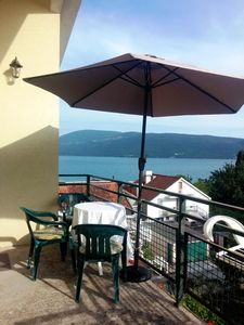 Wide and fully equipped apartment, on the coast