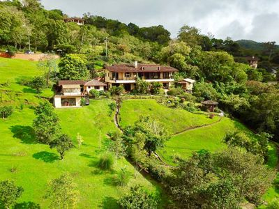 Cosy Casita with a stunning view of Volcano Baru, set in lush tropical gardens