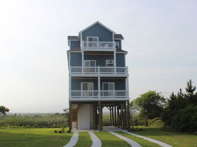 Photo for POOL, ELEVATOR, BOAT! THIS HOME IS MISSING ONE THING- YOU! BOOK AUG 22-29