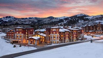Photo for Base of The Canyons Resort, Ski In/out Hilton Luxury Resort - Avail 12/15-12/22