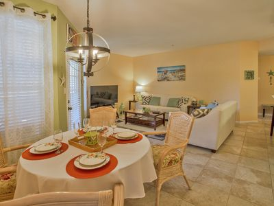Newly renovated in gated community, 2nd floor - minutes from Clearwater beach