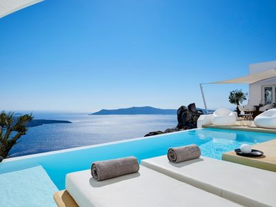 Photo for Incredible 2 Bedroom Apollo Vila, Santorini, contact today for best rates!