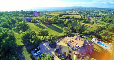 Photo for Villa in the hills with an enchanting view of the lake between Umbria and Tuscany