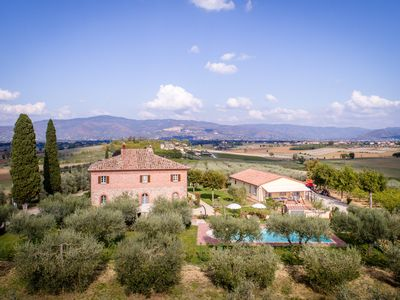 Photo for 3BR Farmhouse Vacation Rental in Cortona, Toscana