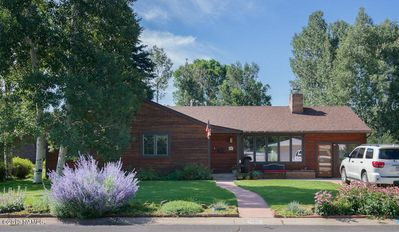Photo for Remodeled, Home Away From Home with A/C, Close to Downtown, Skiing and ~NAU~