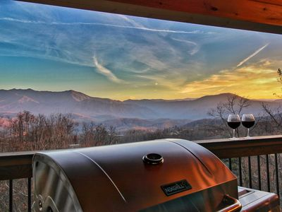 Photo for BRAND NEW LUXURY 3BD/3BA Cabin! 5 Fireplaces, Huge Deck STUNNING Mt LeConte View