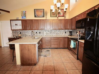 Photo for Well Appointed Lovely Townhome with Vista Views