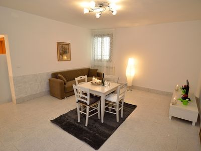 Photo for WHITE GEM IN VENICE APARTMENTS FOR 4 PERSONS