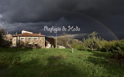 Photo for Country house very cozy. Excellent views of Gredos.