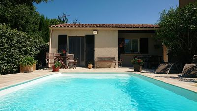 Photo for 1BR Apartment Vacation Rental in Grillon, Provence-Alpes-Côte d'Azur