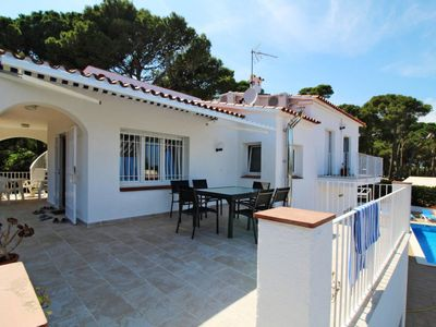 Photo for 5 bedroom Villa, sleeps 10 in Pals with Pool and WiFi