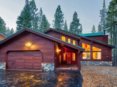 Photo for Big Tahoe Donner Getaway w/ 2 Master Suites - Close to Recreational Amenities