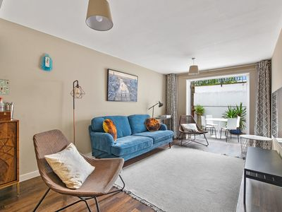Photo for Family Home in Zone 1, 4 Double Bedrooms, King's Cross