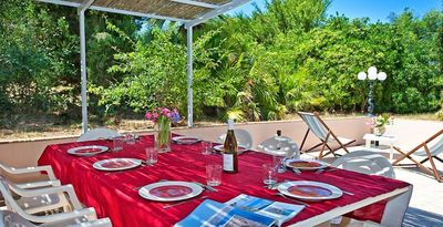 Photo for Porquerolles Island: 400m from the village, quiet in the countryside.