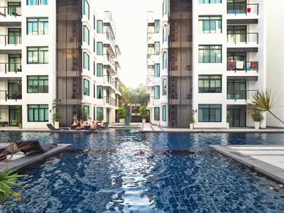 Photo for Kamala Regent C202 - Trendy apartment with pool and gym, walk to beach