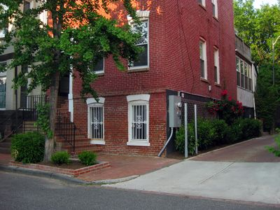 Photo for Newly Renovated Apartment Near Convention Center! Walk to Hottest Rest/Shops.