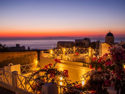 Photo for SantoriniParadise: SUNSET APARTMENT, panoramic sunset views from the terrace!