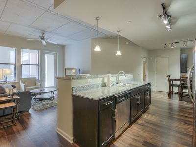 Photo for Luxurious Large 2 bed 2 bath Midtown Condo- Pool View #313