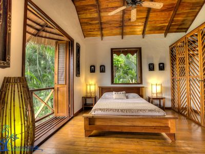 Villa Toucan - National Geographic from your terrace