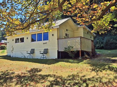 Photo for Cozy 2 Bedroom Cottage w/front row seat to Penn Cove Mussel Farm (244)