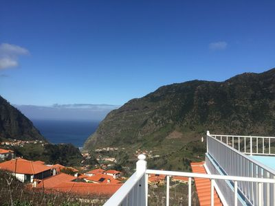 Photo for Enchanting Cottage in the mountains of the North of Madeira overlooking the sea