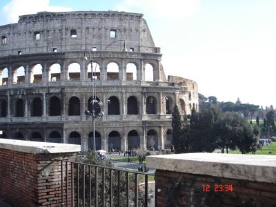 Photo for Colosseum - Rome - Quiet apartment in excellent location