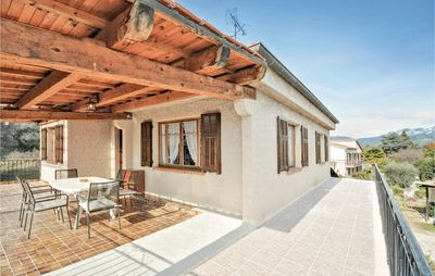 Photo for 3 bedroom accommodation in Carros