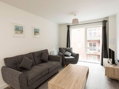 Photo for Fantastic 2 Bedroom Apartment in Manchester