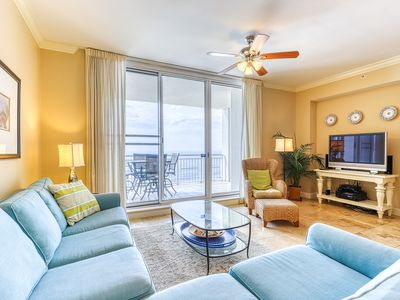 Photo for 15th Floor Invitingly Comfortable Gulf Front Condo w/ Short Walk To Dining