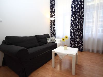 Photo for Beautiful apartment for 4 people with WIFI, TV, pets allowed and parking