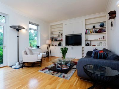 Photo for Smart 3 bed flat with great transport links, sleeps 6, West Hampstead (Veeve)