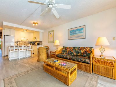Photo for Charming Island Condo w/Private Lanai, Kitchen, WiFi, AC–Kamaole Sands 8304