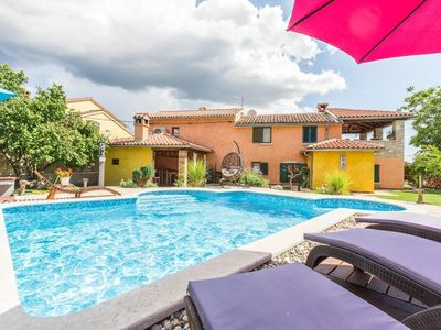 Photo for Holiday house Cabrunici for 1 - 8 persons with 3 bedrooms - Holiday house