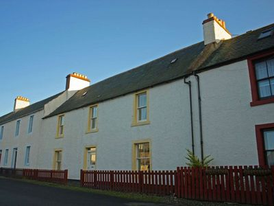 Photo for Large holiday home in the centre of Cromarty - pet friendly.