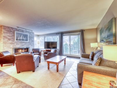 Photo for Roomy, mountain-side condo at Cachet Crossing - near skiing!