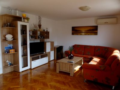 Photo for Family-Friendly Apartment, 40m from the Sea