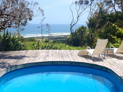 Photo for Stunning views over spectacular Muriwai Beach