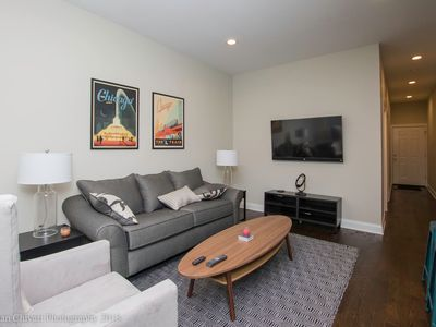 Photo for Wrigley Field 4BDR - Huge Duplex with FREE Parking