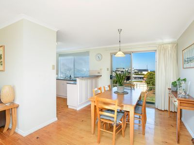 Photo for Fantastic location only minutes to the Middleton surf!